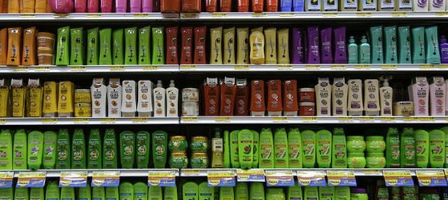 Quais são os principais ingredientes dos shampoos anti-queda?
